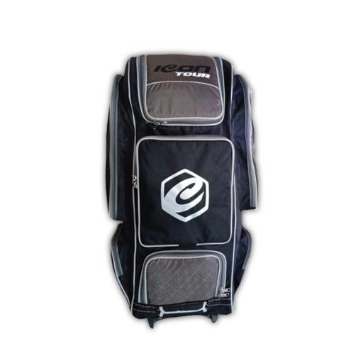 Signature Wheelie Duffle Bag